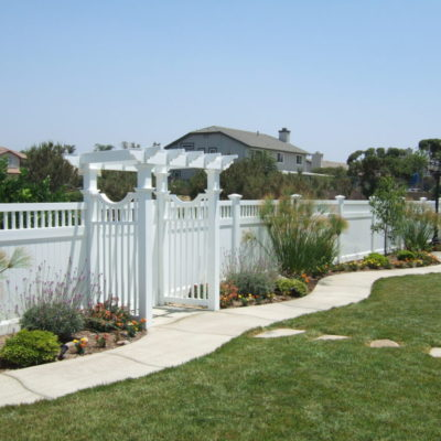 vinyl fence 4